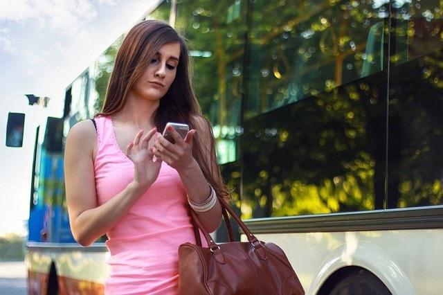 iphoneを使う人