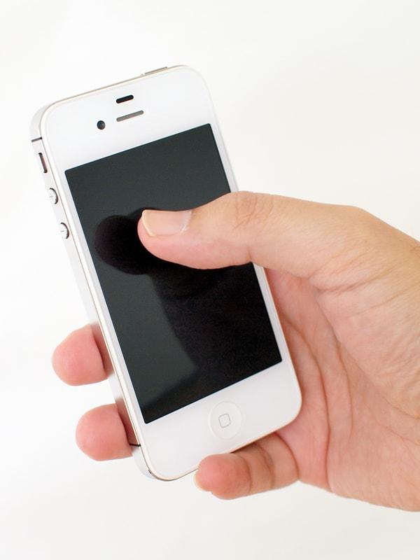 iphoneにタッチ
