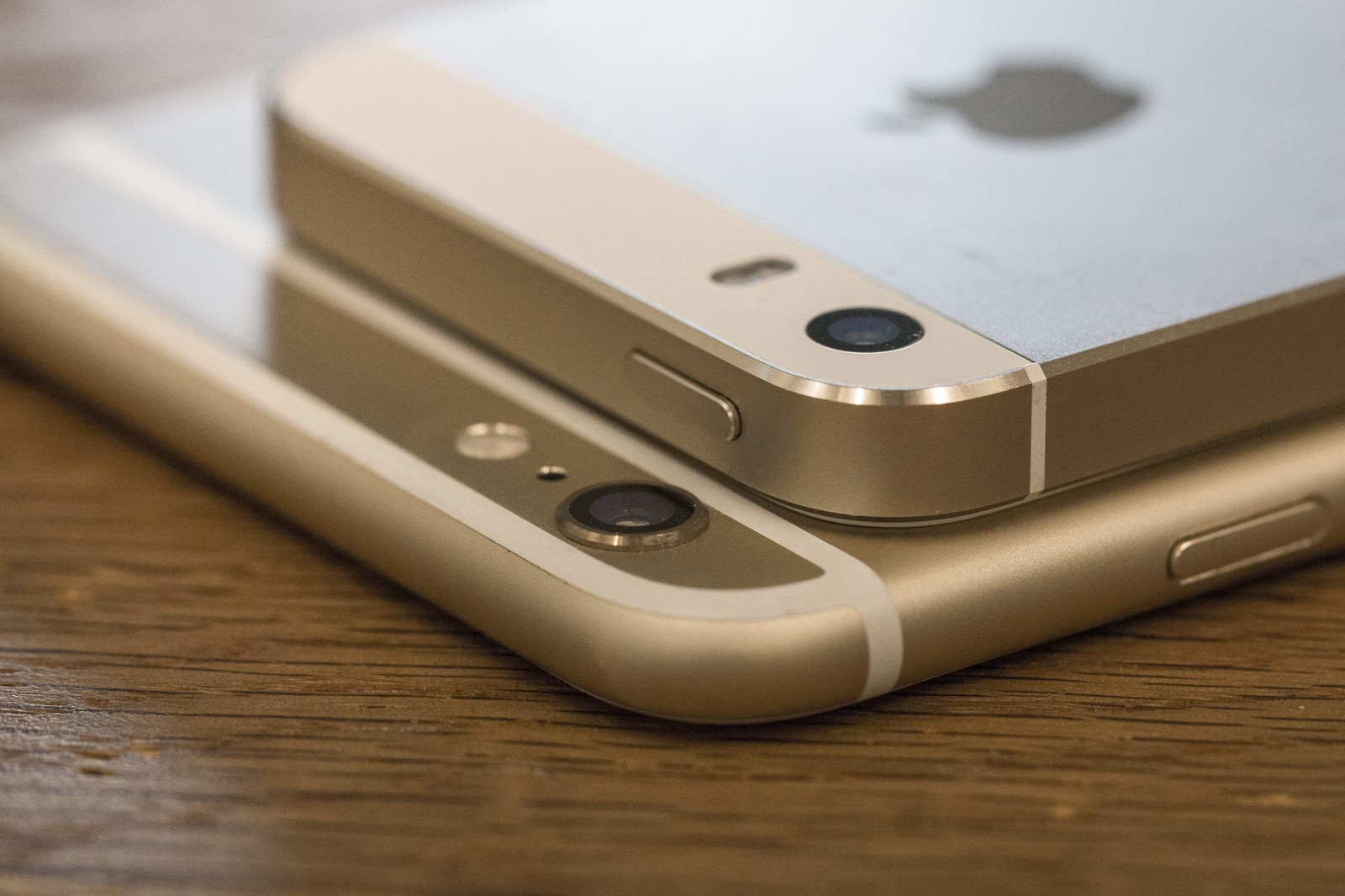 iphoneゴールド